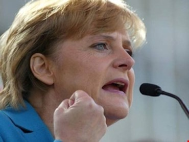 Caso Huawei, Merkel: creare salvaguardia contro spionaggio cinese