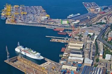 Presidente autorità: non stiamo vendendo il porto di Trieste a cinesi