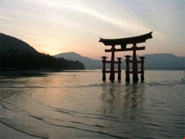 Giappone, Pmi manifatturiero a marzo stabile a 48,9 punti