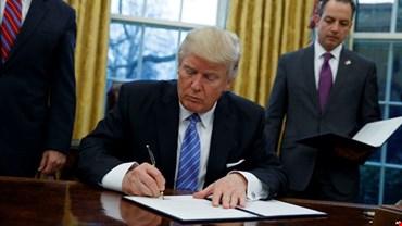 Trump, niente più esenzioni dalle sanzioni per il petrolio iraniano
